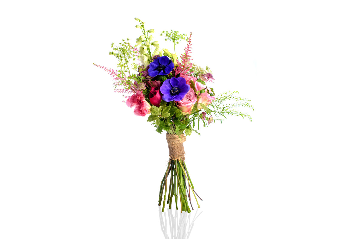 handheld bouquet, market bouquet, luxury flower delivery nyc, rachel cho floral design