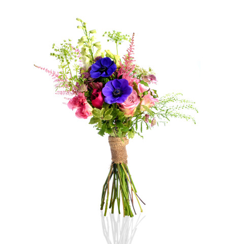 handheld bouquet, Rachel Cho Flowers | Floral Designer | flower delivery bouquet, luxury flower delivery nyc, rachel cho floral design